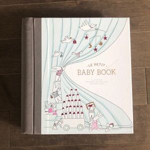 Le Petit Baby Book   Pottery Barn Kids